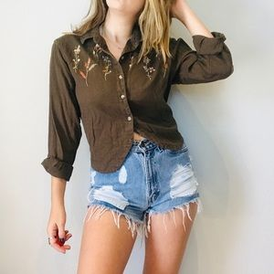 Vintage floral embroidered crop button down